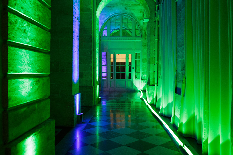 Mugler_Bordeaux_decors&details-15